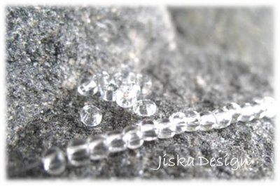 Seed Beads Clear 8/0 20g
